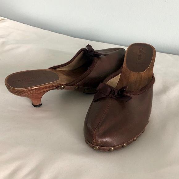 ShoesBrown Slip Leather Clogs Mule Miu Poshmark On rxoeWdCB